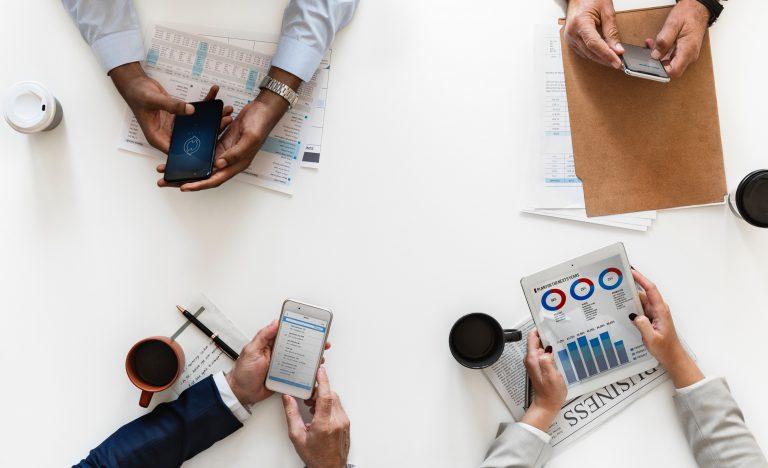 Traditional VS Digital Marketing